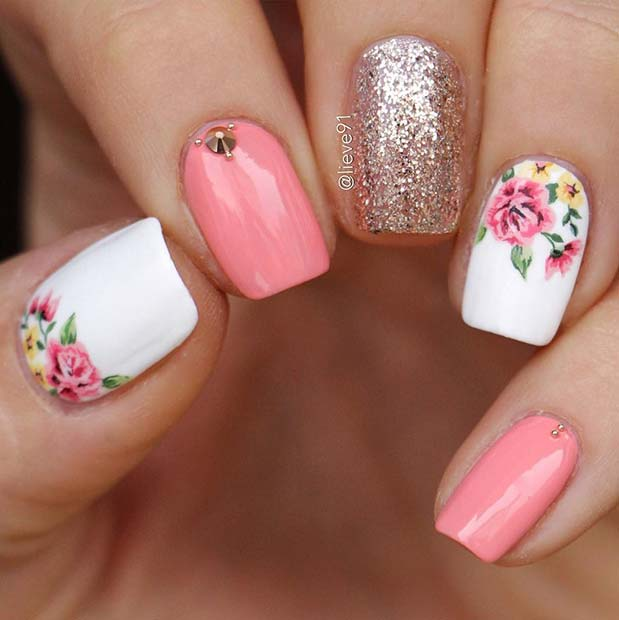 Elegant-Flower-Nail-Idea